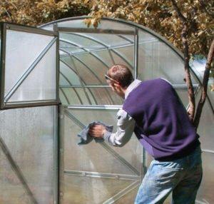 Как подготовить теплицу из поликарбоната осень к зиме