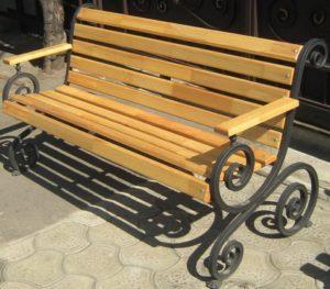 Садовая скамейка из профильной трубы
