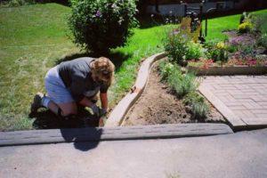 сделать садовый бордюр своими руками