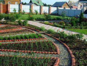 Как сделать красивый огород своими руками
