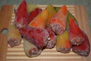 Как можно заготовить на зиму фаршированные перцы