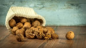 Особенности хранения грецких орехов в домашних условиях