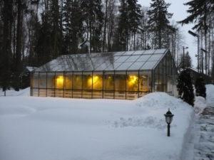 Как сделать отоплением теплицы из поликарбоната зимой своими руками