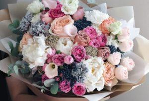 Как выбрать букет в подарок и где заказать цветы в Волжском
